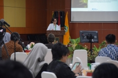 Karmele Liano Sanchez, BVSc., MSc. (Program Director International Animal Rescue Indonesia) (2)