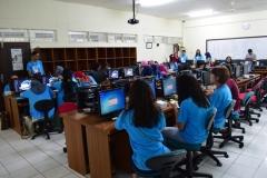 belajar di lab komputer