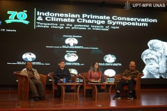 Diskusi-Panel-dalam-acara-Indonesia-Primate-Consevation-and-Climate-Change