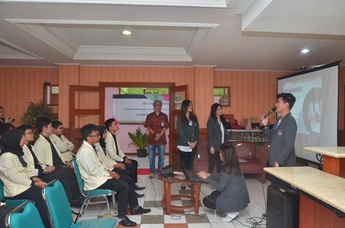 AKPARNAS dan UPH Adakan Workshop Public Speaking di UNAS (4)