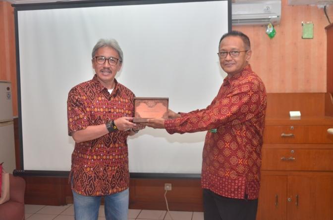 AKPARNAS dan UPH Adakan Workshop Public Speaking di UNAS (9)