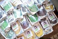 Produk yang dijual belikan oleh mahasiswa melalui bazar kewirausahaan