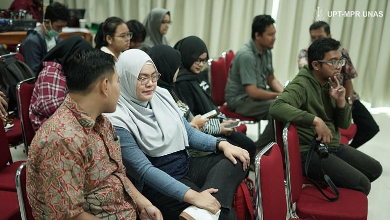 "Para peserta yang hadir pada Talkshow Asian Waterbird Census (AWC) 2020 yang bertajuk  ""Effect of Climate Changes on Waterbird"". Pada Sabtu (1/2) di Ruang Seminar Lantai 3 Menara 1 Unas."