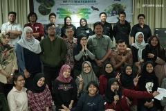 "Foto bersama seluruh narasumber dan peserta pada Talkshow Asian Waterbird Census (AWC) 2020 yang bertajuk  ""Effect of Climate Changes on Waterbird"". Pada Sabtu (1/2) di Ruang Seminar Lantai 3 Menara 1 Unas."