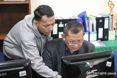 kondisi saat Training of Trainer pengembangan materi E-Learning di Lab. Jarkom Blok 4 lantai 4