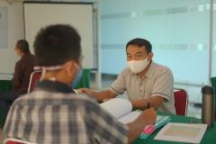 Proses uji kompetensi para peserta oleh asesor dalam kegiatan Uji Kompetensi Ahli Perawatan Bangunan Gedung pada Sabtu 12 Desember 2020 di Ruang Seminar Selasar Lantai 3 Universitas Nasional