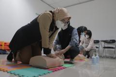 Para peserta saat melakukan uji pelatihan kegawat daruratan pada kegiatan BTCLS yang diselenggarakan secara online dam onsite pada 15-18 September 2021