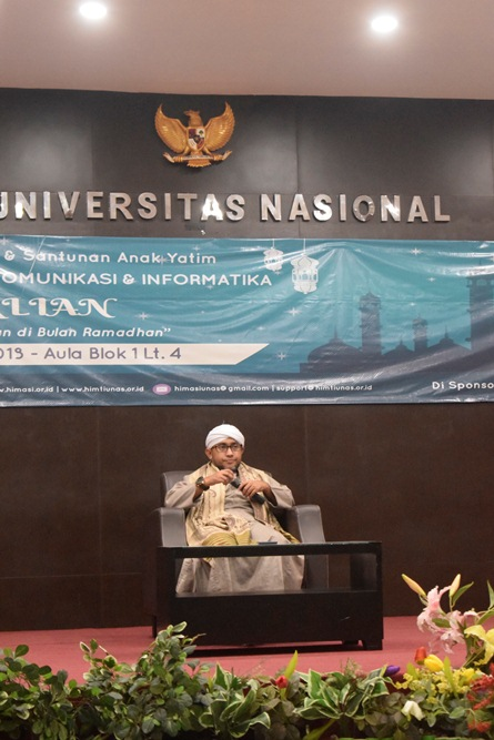 ceramah dari Habib dalam buka bersama FTKI di Aula UNAS (2)