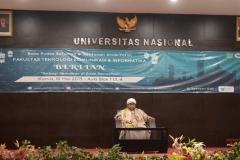 ceramah dari Habib dalam buka bersama FTKI di Aula UNAS