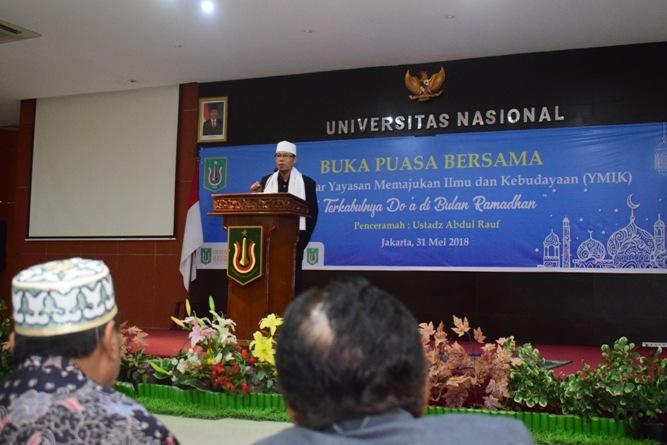 ceramah agama oleh ustadz abdul rauf