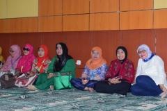 para dosen universitas nasional dalam kegiatan buka puasa bersama