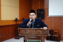 Wakil Dekan Bidang Kemahasiswaan Fakultas Ilmu Sosial dan Ilmu Politik/ Penceramah Aos Yuli Firdaus, S.IP., M.Si.