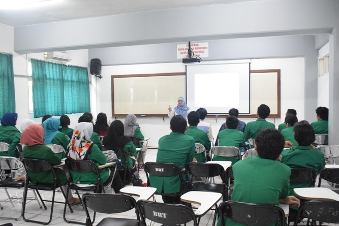 Para Instruktur memperkenalkan tentang unas ke para peserta 8
