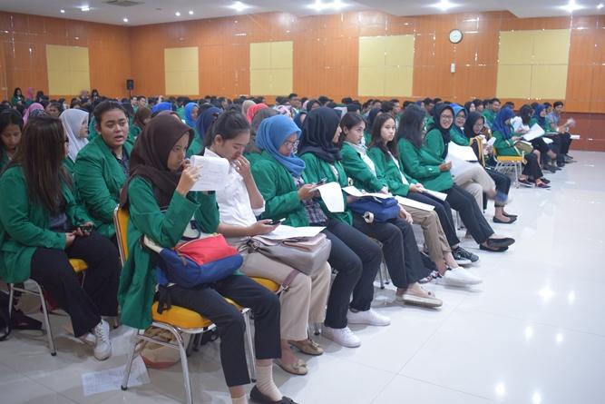 Suasana Aula Universitas Nasional saat Character Building 3