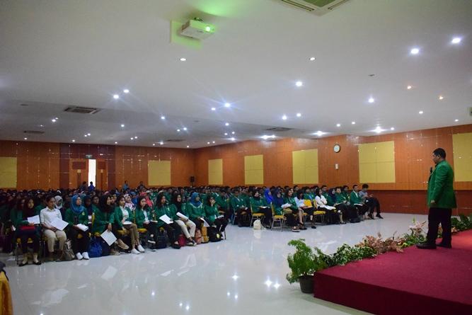Suasana Aula Universitas Nasional saat Character Building 5