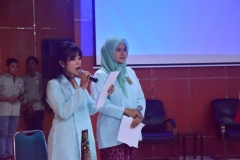 MC (Master of Ceremony) dalam acara Dies Natalis FE