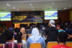 kemeriahan para peserta seminar