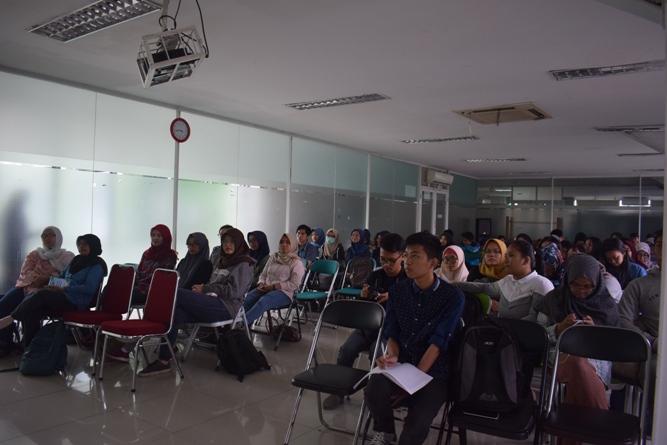 para peserta dalam seminar primata