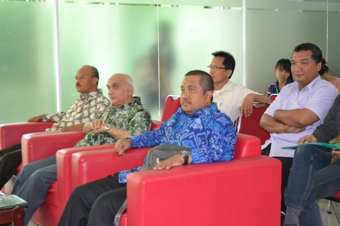 Dosen yang hadir pada acara diskusi
