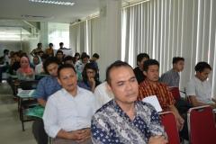 Suasana diskusi di ruang seminar Unas
