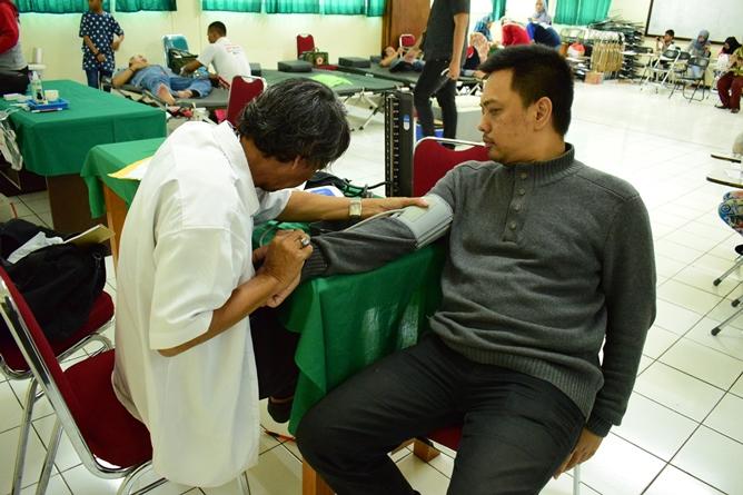 Tes Tensi Darah (2)