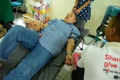Saat donor darah berlangsung (3)