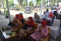 para pendonor sedang membaca doa '