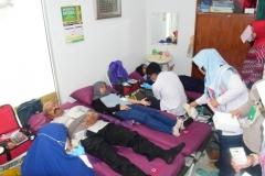 suasana ruangan klinik saat donor darah