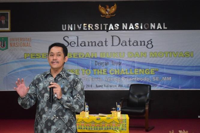 Fakultas Ekonomi Gelar Bedah Buku & Motivasi (9)