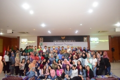 Fakultas Ekonomi Gelar Bedah Buku & Motivasi (16)