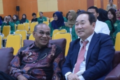 Fakultas Ekonomi Gelar Seminar pajak (3)