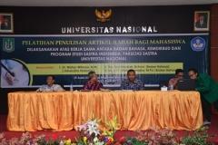 Fakultas Sastra Indonesia Gelar Pelatihan Penulisan Artikel Ilmiah (1)