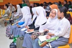 Fakultas Sastra Indonesia Gelar Pelatihan Penulisan Artikel Ilmiah (4)