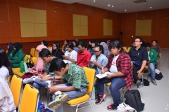 Fakultas Sastra Indonesia Gelar Pelatihan Penulisan Artikel Ilmiah (8)