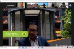 """Guru besar Fakultas Hukum Universitas Jember, Prof. Dr. Arief Amrullah, S.H,. M.H. saat mempresentasikan materinya dalam kuliah umum Fakultas Hukum """"Tindak Pidana dan Tanggung Jawab Pidana Korporasi"""" pada Selasa (1/12) melalui zoom cloud meeting"""