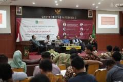 """Seminar Nasional Fakultas Hukum """"Kekuatan Eksekutor Jaminan Fidusia Pasca Putusan Mahkamah Konstitusi"""" Di Auditorium blok 1 lantai 4 UNAS, Rabu (5/2)"""