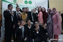Foto bersama peserta yudisium