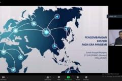 Penyampaian materi oleh VP PT Sucofinfo, Dr. Ir. Soleh Rosyad Maryam. MM.