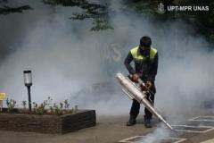 Kondisi saat pemfoggingan berlangsung di area luar UNAS pada Sabtu (21/3)