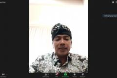 Ketua Komisi Penyiaran Indonesia (KPI), Agung Suprio  sedang memberikan materinya