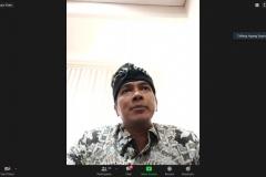 Ketua Komisi Penyiaran Indonesia (KPI), Agung Suprio  sedang memberikan materinya (2)