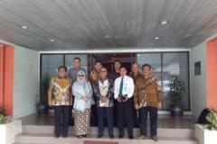 Foto Bersama - Silaturahmi Pimpinan UNAS dengan lima calon guru besar yang akan pindah homebase ke UNAS