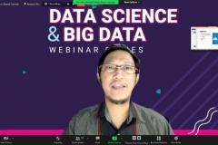 """Pemaparan materi oleh narasumber Yunan Fauzi Wijaya, S.Kom., MMSI. dalam acara Webinar Series """"Data Science & Big Data"""" yang berlangsung pada Selasa, 3 agustus 2021"""
