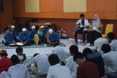 Pertunjukan musik islami (3)