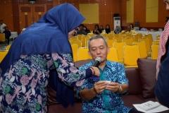 Pengundian doorprize oleh Dekan fakultas biologi UNAS Drs. Imran Said Lumban Tobing, M.Si