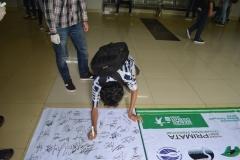 penggalangan dukungan tanda tangan