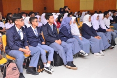 Para peserta kuliah umum hubungan internasional