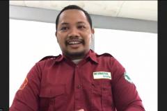 Ketua Himpunan Mahasiswa Sistem Informasi Ilham Rachmandityo saat menyampaikan sambutan dalam kegiatan Himpunan Mahasiswa Sistem Informasi, Forum Diskusi : Design and Prototyping Gaming Application with Unity pada bulan September 2021