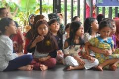 Himpunan Mahasiswa Ilmu Komunikasi Universitas Nasional (HIMAKOM UNAS) melangsungkan kegiatan Pengabdian Kepada Masyarakat (PKM), di Ruang Publik Terpadu Ramah Anak (RPTRA) Malinjo (2)