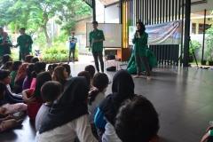 Himpunan Mahasiswa Ilmu Komunikasi Universitas Nasional (HIMAKOM UNAS) melangsungkan kegiatan Pengabdian Kepada Masyarakat (PKM), di Ruang Publik Terpadu Ramah Anak (RPTRA) Malinjo (4)